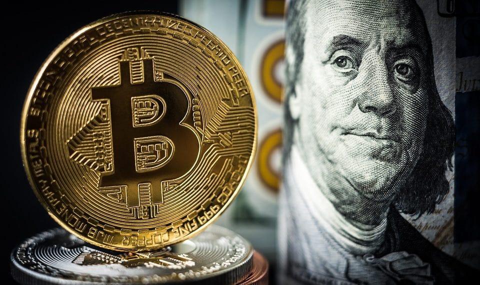 Les bitcoins sont peut-être la plus grande menace pour le dollar américain.